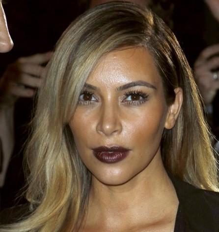 Kim-Kardashian--Mademoiselle-C-premiere-in-Paris--09-560x835