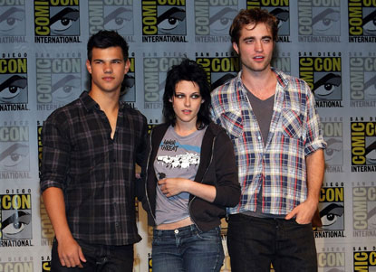 Taylor Lautner Kristen Stewart and Robert Pattinson
