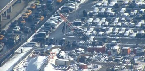 LaGuardia Airport, NYC EVACUATED OVER SUSPICIOUS PACKAGE