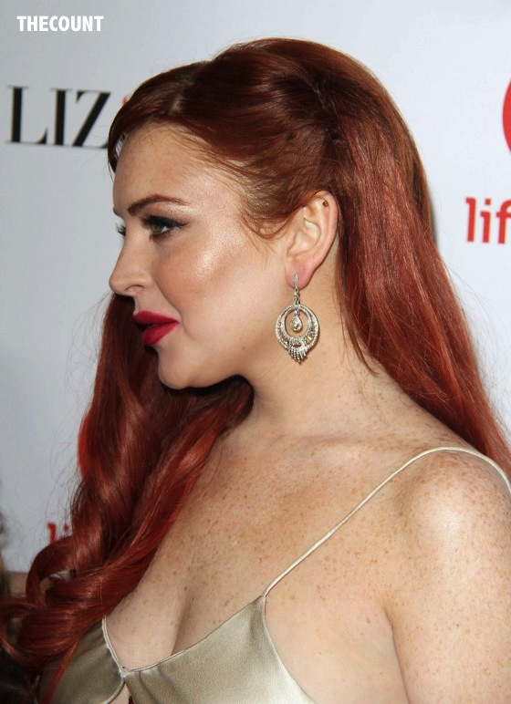 Lindsay Lohan Liz and Dick premiere 02 560x772 Great Dress Or Total Mess? Lindsay Lohan Liz & Dick Premiere