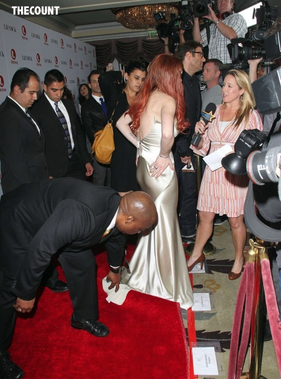 Lindsay Lohan Liz and Dick premiere 27 560x754 Great Dress Or Total Mess? Lindsay Lohan Liz & Dick Premiere