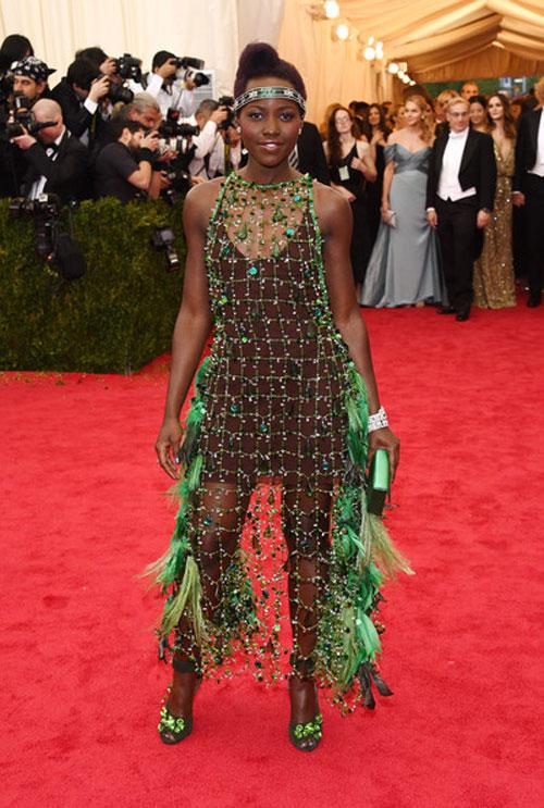 Lupita Nyong'o wardrobe malfunction
