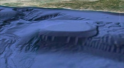 MALIBU-CALIF-CAVE