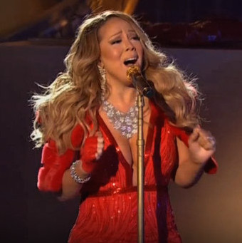 mariah carey sings live all i want for christmas