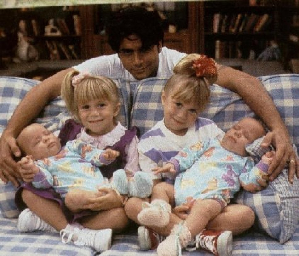 Mary-Kate and Ashley Olsen petition full house 3