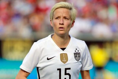 Megan Rapinoe kneels National Anthem colin