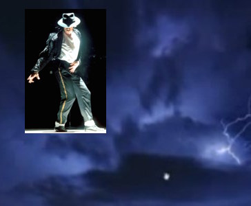 Michael Jackson IMAGE Appears Thunderclouds