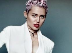Miley-Cyrus---V-magazine--06-560x749