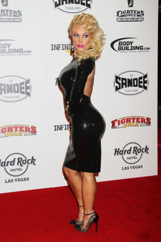 Nicole Coco Austin 2013 World Mixed Martial Arts Awards 10 560x840