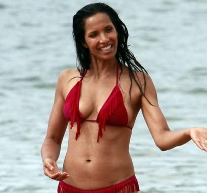 Padma-Lakshmi---Red-Bikini-Photos-in-Hawaii-2013--03-560x746