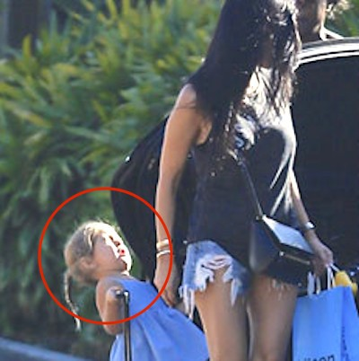 Penelope Kardashian hit by car door1 400x402 Kourtney Kardashian Odd Chill Reaction To Toddler Being Hit By Car