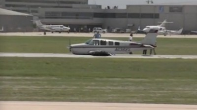 Plane With Landing Gear Trouble, San Antonio 6