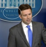 Press Sec Josh Earnest white washing 155x160 Press Sec. Josh Earnest Joins Jay Carney White Washing Club