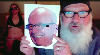 Randy Quaid Rupert Murdoch Video 4 400x218 Randy Quaid Releases INSANE Motel Room Video Blasting Rupert Murdoch