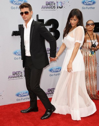Robin-Thicke-and-actress-Paula-Patton-2014982