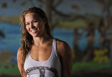 Ronda Rousey Hot-7