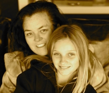 Rosie O'Donnell daughter Chelsea missing 21 Rosie ODonnell Daughter CUT OFF $ After Going To Live With Birth Mother