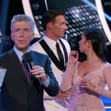 ryan-lochte-protesters-dwts