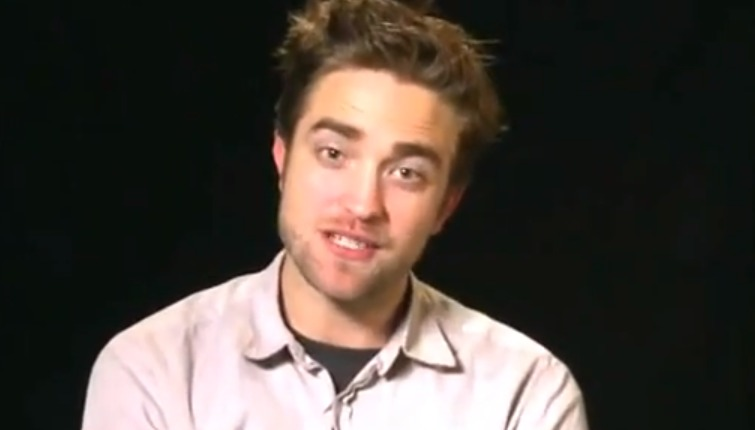 Screen Shot 2012 10 06 at 9.41.31 AM 1 Robert Pattinson Thanks Spanish Fans   In English!