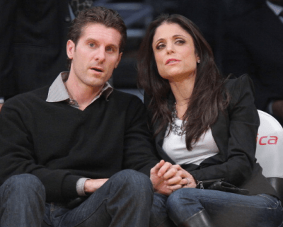 Screen Shot 2013 01 05 at 4.40.40 PM 400x321 Bethenny Frankel Files For Divorce