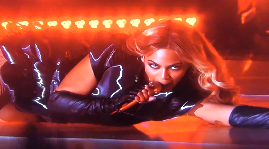 Screen Shot 2013 02 04 at 7.19.49 PM Did LIVE Beyonce Super Bowl Performance SKIP? (video)
