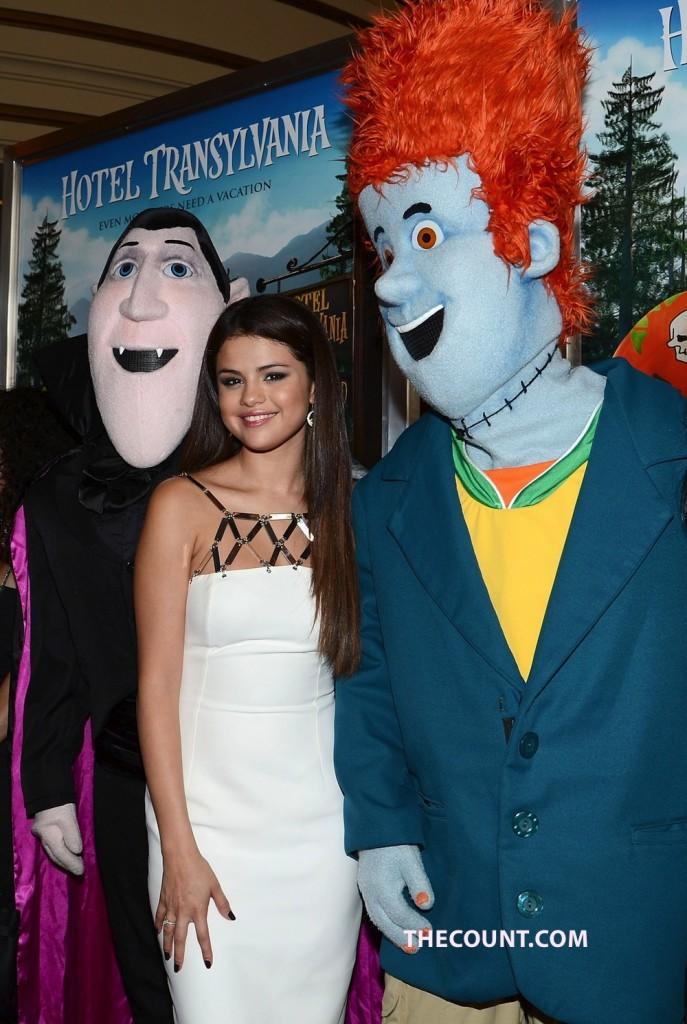 Selena Gomez - Hotel Transylvania Premiere in Los Angeles-02