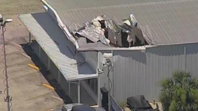 Small Plane CRASHES Into Orlando Building 3