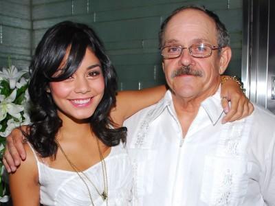 Vanessa Hudgens and father