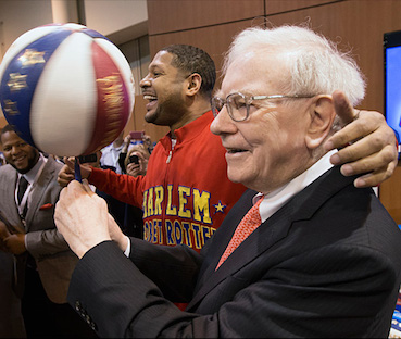 Warren Buffett basketball Warren Buffett To AWARD $1 BILLION DOLLARS To First Person Who..