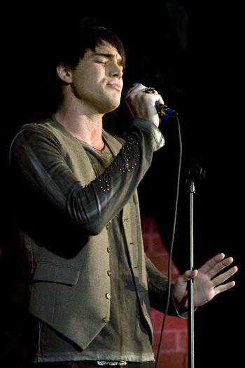 adam lambert American Idol Corner