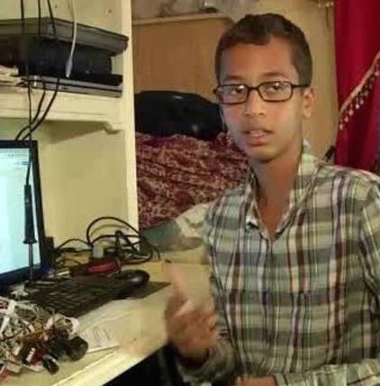 Ahmed mohamed homemade clock arrested