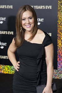 alyssa-milano-grosse-poids-kilo-fat-weight....-200x300