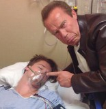 arnold-schwarzenegger-photobombs-his-son-patrick-in-hospital