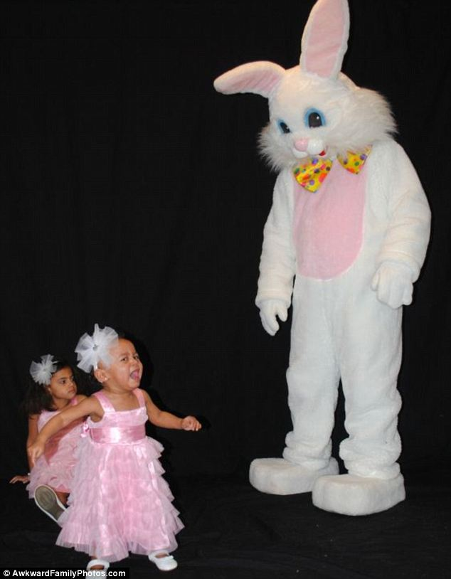 article 0 1901B06D000005DC 923 634x814 FUNNY BUNNY! The Worst Happy Easter EVER! In Pictures