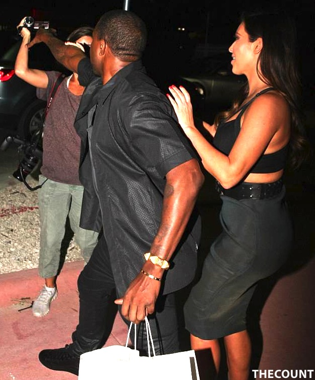 article 2218013 1582972A000005DC 184 634x802 Kanye West LOSES IT! After Reggie Bush Crashes Kim K Date Night
