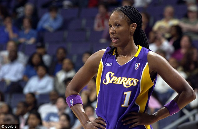 article 2233759 160DB463000005DC 171 634x413 MUGSHOT: Olympic Gold Medalist WNBA Chamique Holdsclaw Arrested
