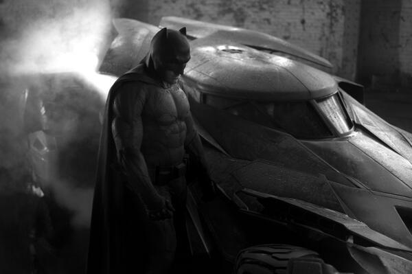 ben-affleck-batmobile batman 2