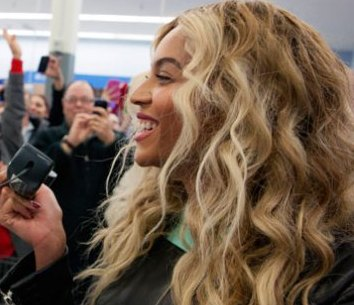 beyonce4 Astronauts CONDEMN BEYONCE For SPACE SHUTTLE Tragedy SONG SAMPLE