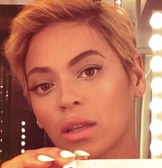 beyonceshorthair2 1 BLOOD BATH: Beyonce Fires Entire Management Team