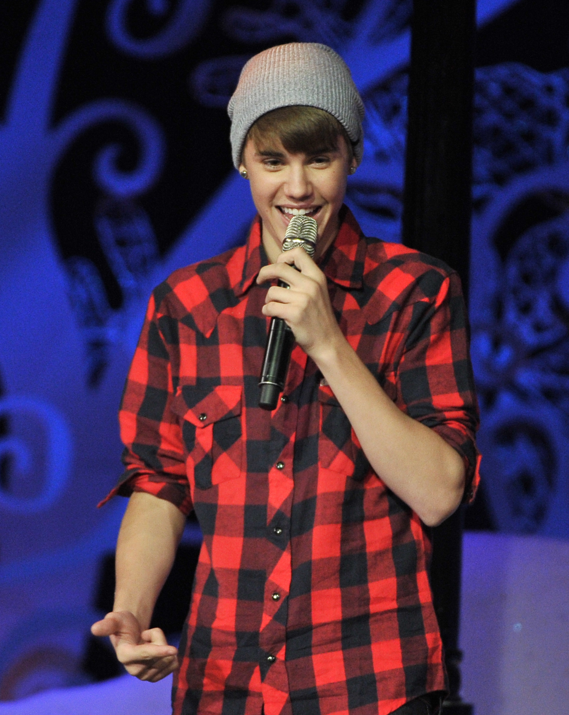 3bd9296fd0e MuchMusic Presents  Justin Bieber Home For The Holidays – Christmas ...