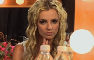 "britney gallery 2 300x191 Can ya tell there's ""No Excitement"" and ""No Passion"" in Britney's life?"