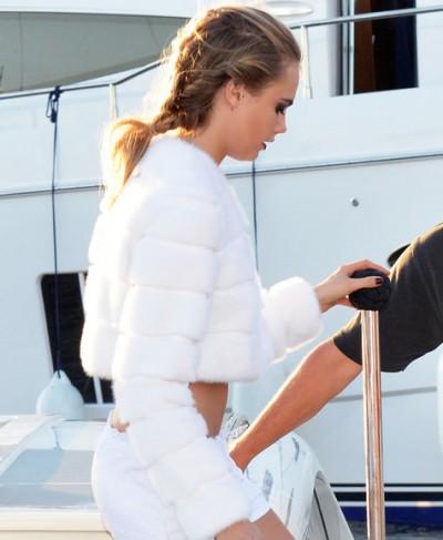 Selena Gomez & Cara Delevingne Head To A Party In Saint-Tropez