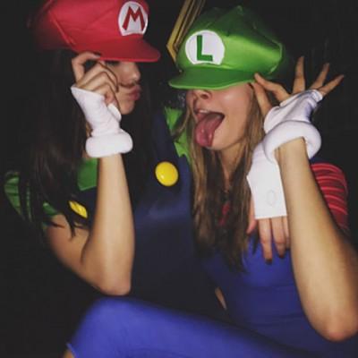 celebrity halloween costumes kendall jenner cara delevingne