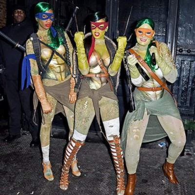 celebrity halloween costumes rihanna