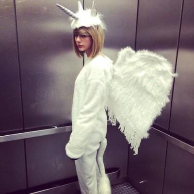 celebrity halloween costumes taylor swift