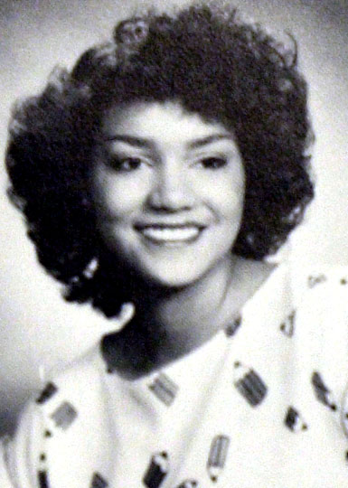 celebrity-yearbook-photos-halle-berry