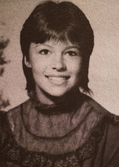 celebrity-yearbook-photos-pamela-anderson