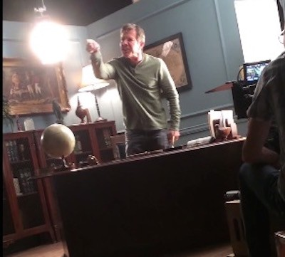 dennis Quaid On-Set FREAK OUT 4