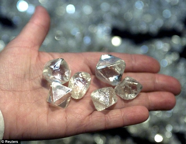 Russian METEOR DIAMOND FIND Yields TRILLIONS of Carats   Renders Gem Worthless?