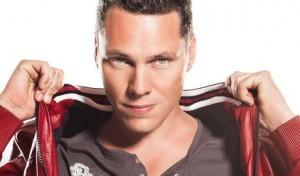 dj tiesto 300x176 Britney Spears to Collab with DJ Tiesto?